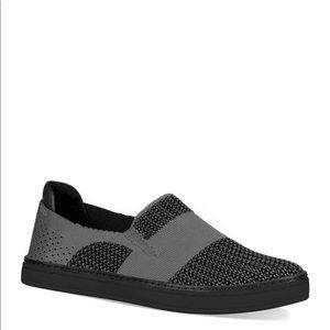 NWT UGG Sammy Sneaker